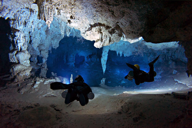 Padre Nuestro Cueva Cave Diving